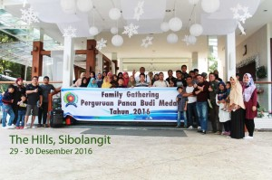 FAMILY GATHERING PERGURUAN PANCA BUDI DI THE HILL, SIBOLANGIT